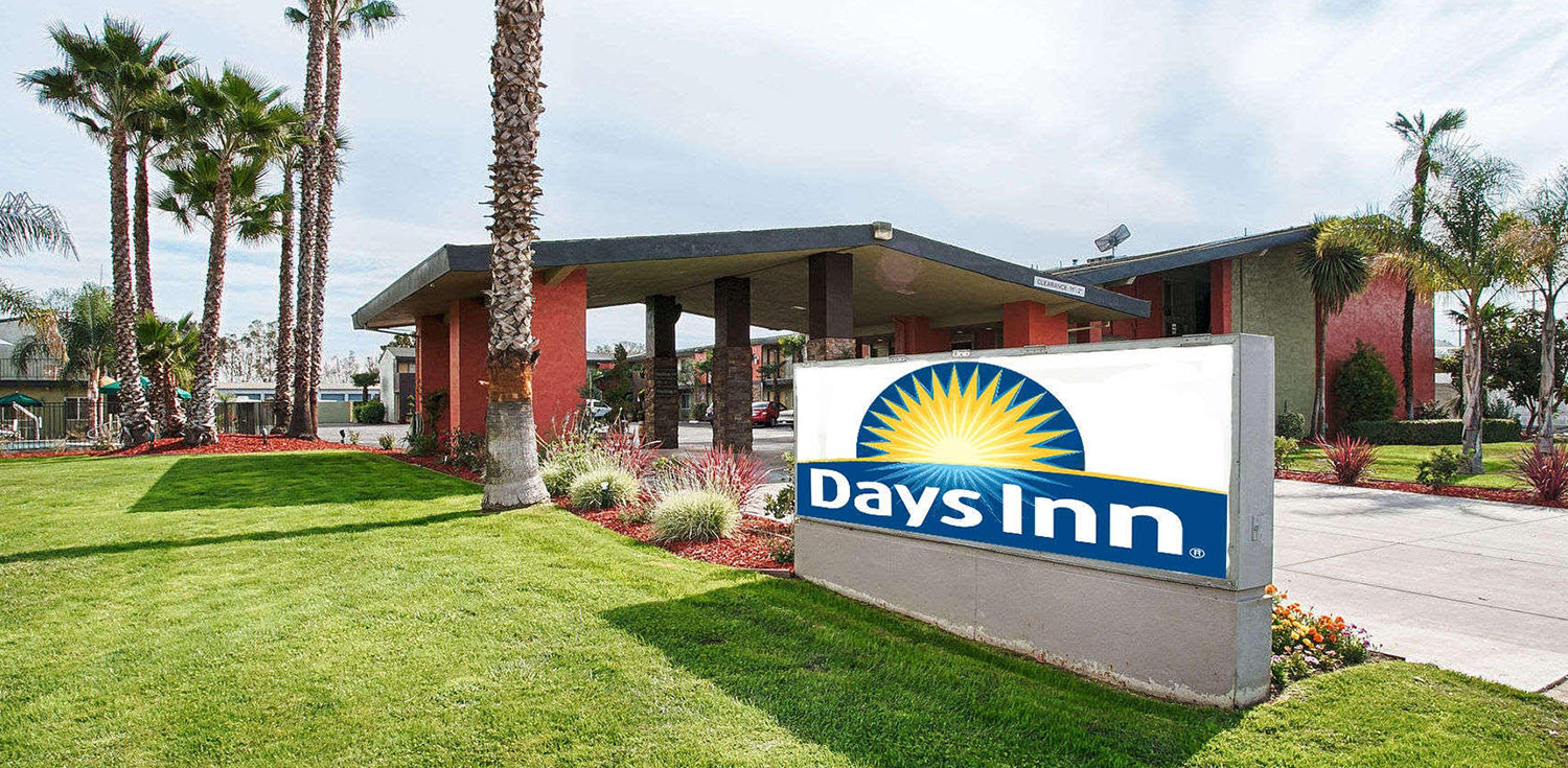 Days Inn Suites Lodi Best Rates Online At Our Ca Hotel Hotels In Wine Country
