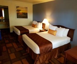 Days Inn & Suites Lodi - 2 Queen Beds