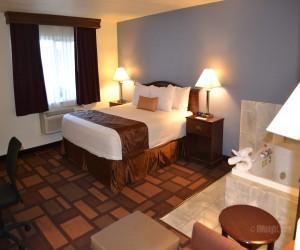 Days Inn & Suites Lodi - Days Inn Lodi Hot Tub Suite