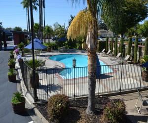 Days Inn & Suites Lodi - Pool and Sundeck Area at Days Inn Lodi