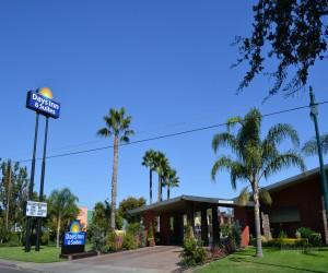 Days Inn & Suites Lodi Exterior - Days Inn & Suites Lodi Street View